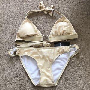 Shimmery bikini set